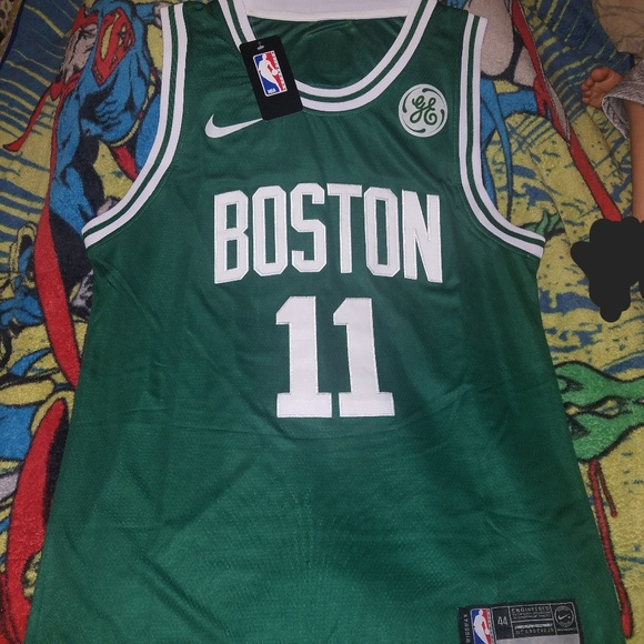 5192eb0d9f4 ... purchase kyrie irving boston celtics jersey size small e0062 e515a
